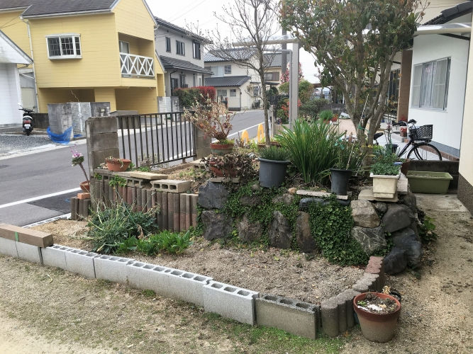 岡山市 Y様 カーポートの設置・菜園スペースのやり替えの施工実績Before